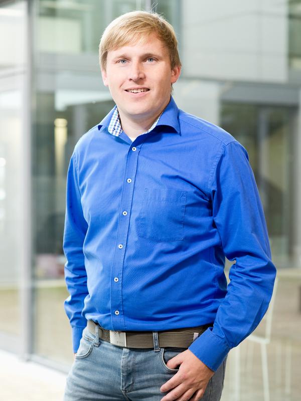 Dr. Sebastian Menke