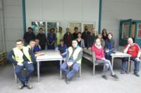 Pfleiderer-Trainees bauen Möbel und Wäscheablagen für wertkreis Gütersloh
